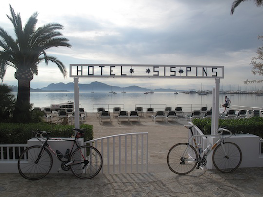 Cycling at Hotel Sis Pins